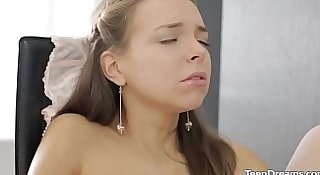 Little Hottie Teen Solo Masturbation